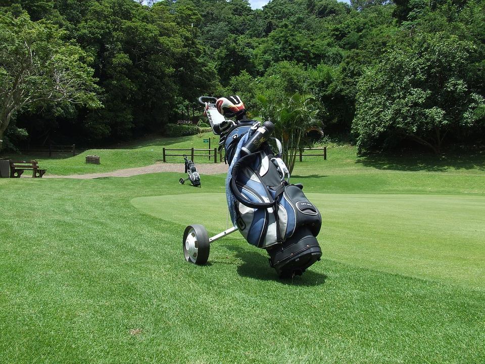Mitä etsiä ostaessasi golfkärryä ?